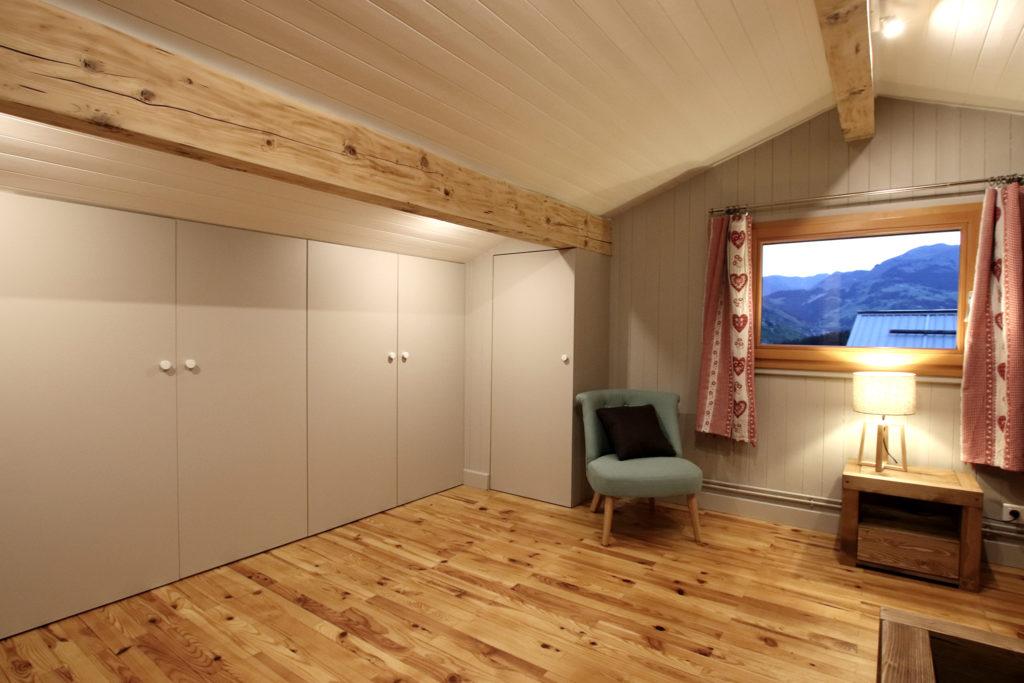 sophie-pico-denise-omer-architecte-interieur-chalet-renovation-decoration-chambre-dressing