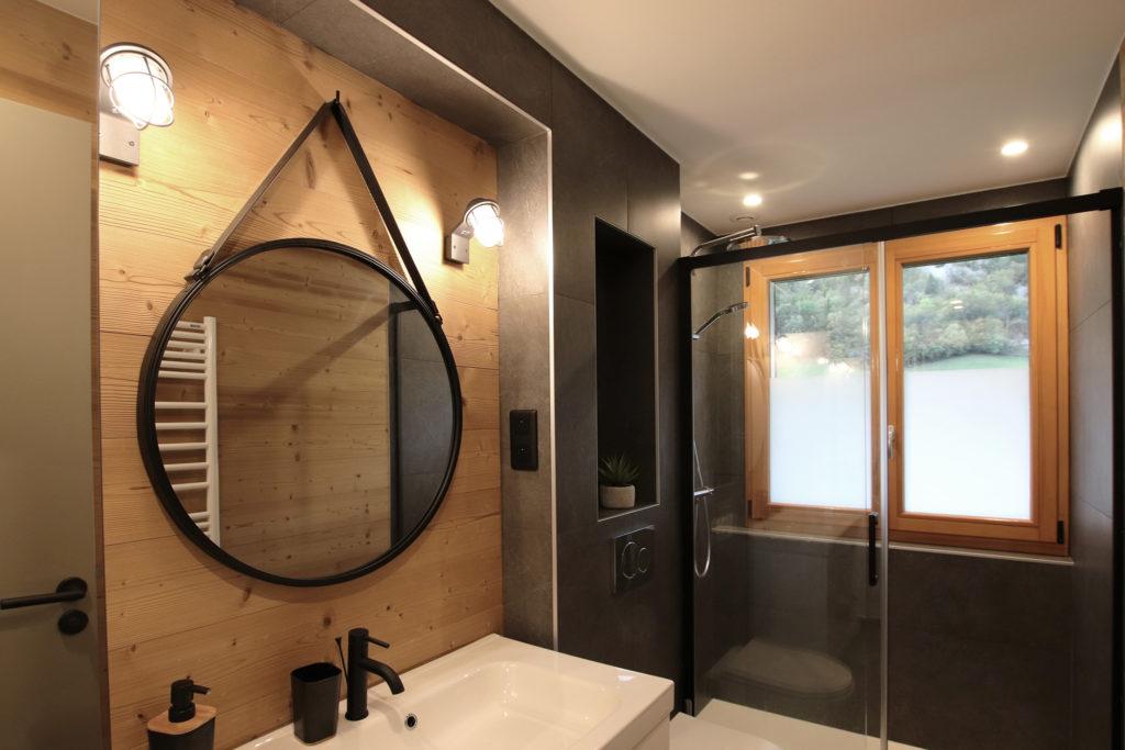 sophie-pico-denise-omer-architecte-interieur-chalet-renovation-douche