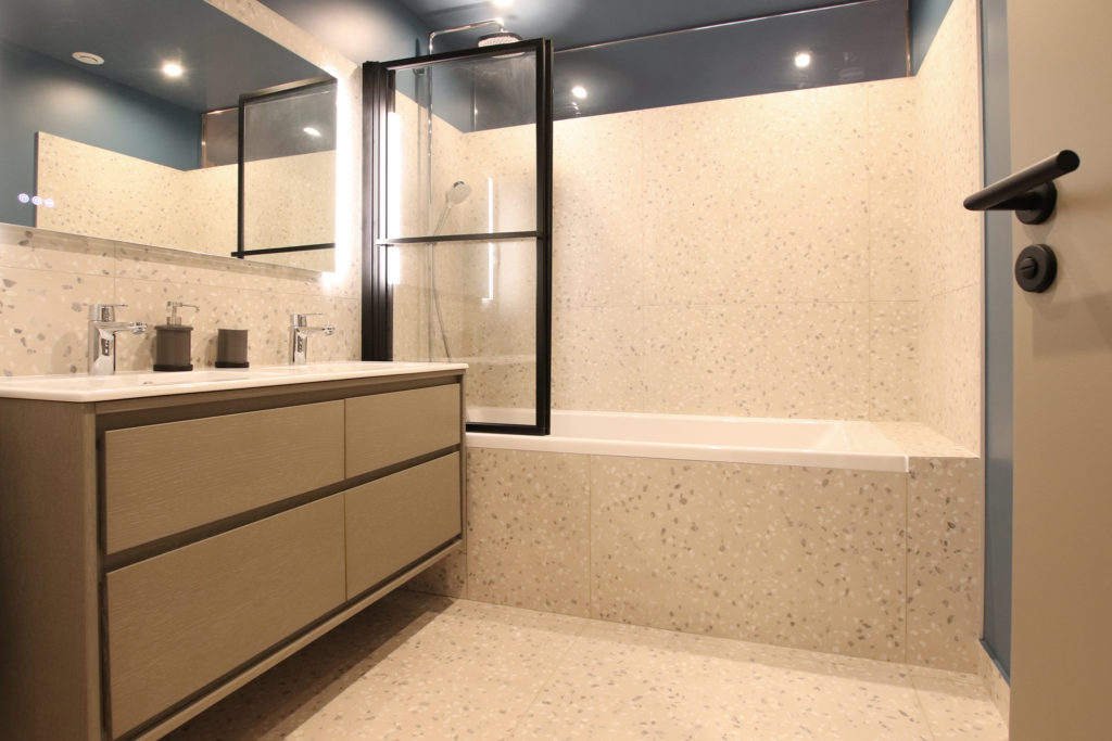 sophie-pico-denise-omer-architecte-interieur-chalet-renovation-salle-de-bain-terrazzo